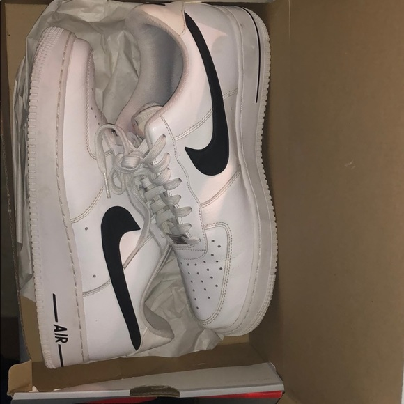 Low Air Force Ones With Black Stripe